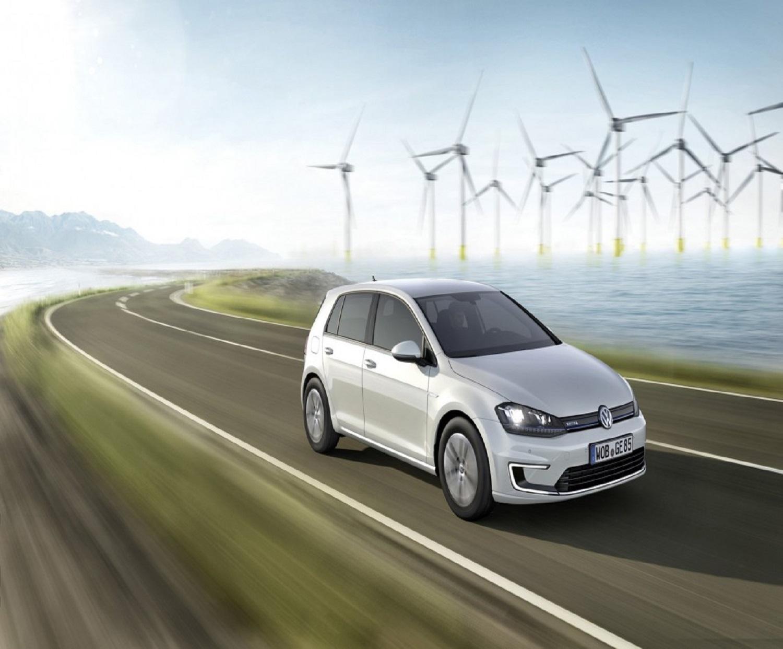 La nuova Volkswagen e-Golf percorre 300 chilometri a ogni ricarica