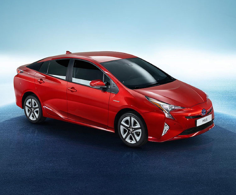 Toyota Prius è l'auto ibrida più efficiente