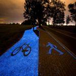 glowing-bike-lane-poland-889x592-e1475751903472