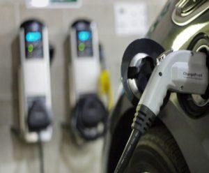Auto-elettriche-in-Europa-120-nei-primi-3-mesi-del-2015-