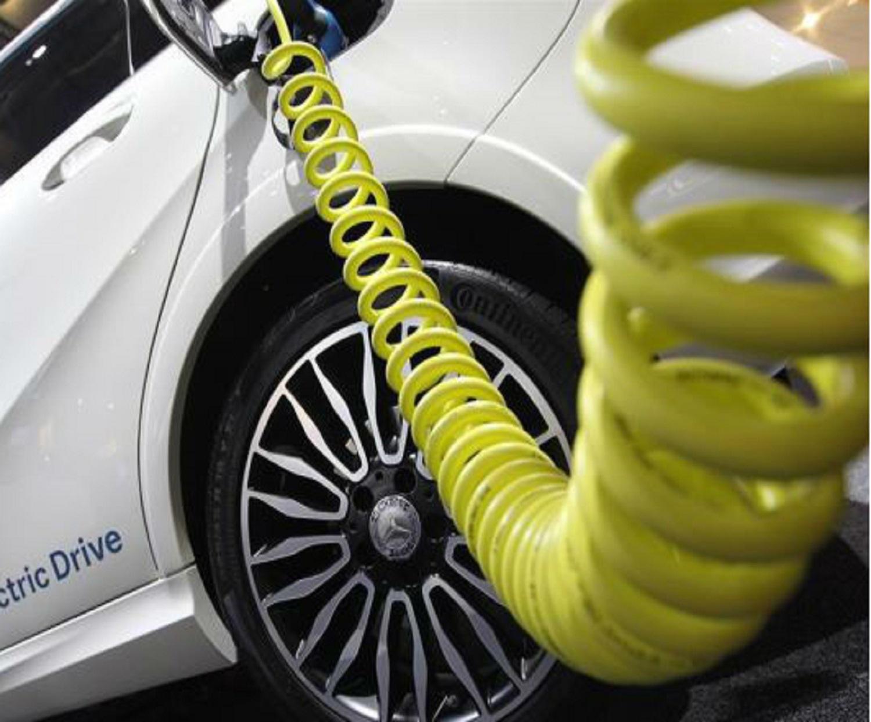 Auto-elettriche-in-Germania-niente-bollo-per-10-anni