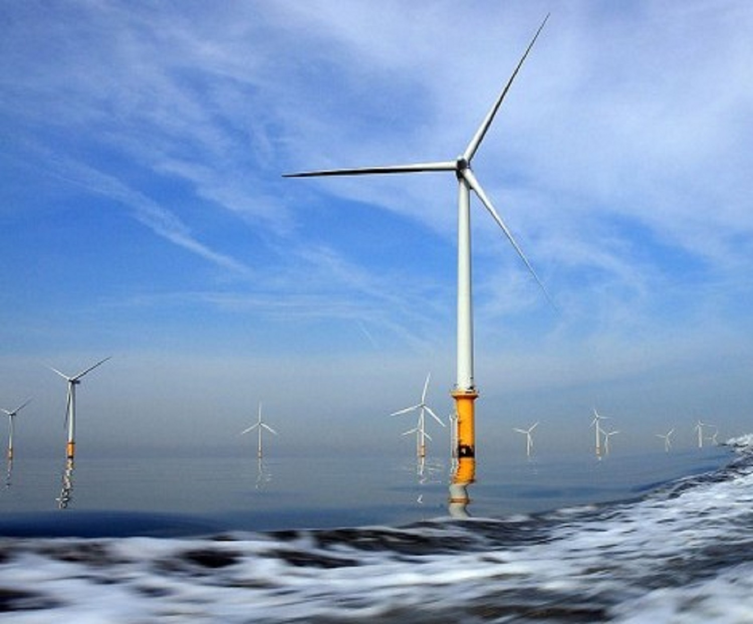 one-of-the-popular-wind-farms-in-the-united-kingdom-e1497000853606