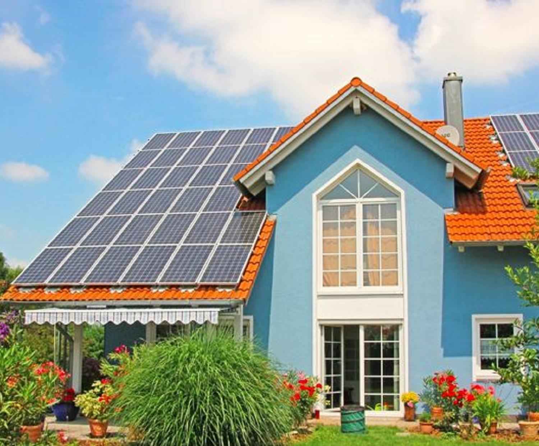 Pannelli fotovoltaici: tra tecnologia e rispetto per la natura
